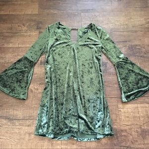 Dresses & Skirts - Velvety olive green dress